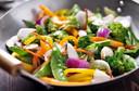 Padrões alimentares vegetarianos melhoram o controle glicêmico e o peso corporal em diabéticos: revisão sistemática e metanálise publicada pelo Clinical Nutrition